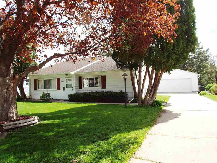 137,500 - Real estate home listing for 2537 Orchard Street Waterloo IA 50702, MLS #20172340.  Explore local schools, neighborhood info, and Iowa homes for sale.