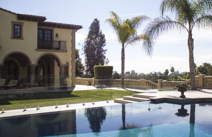 Glass pool fencing in Beverly Hills, CA.