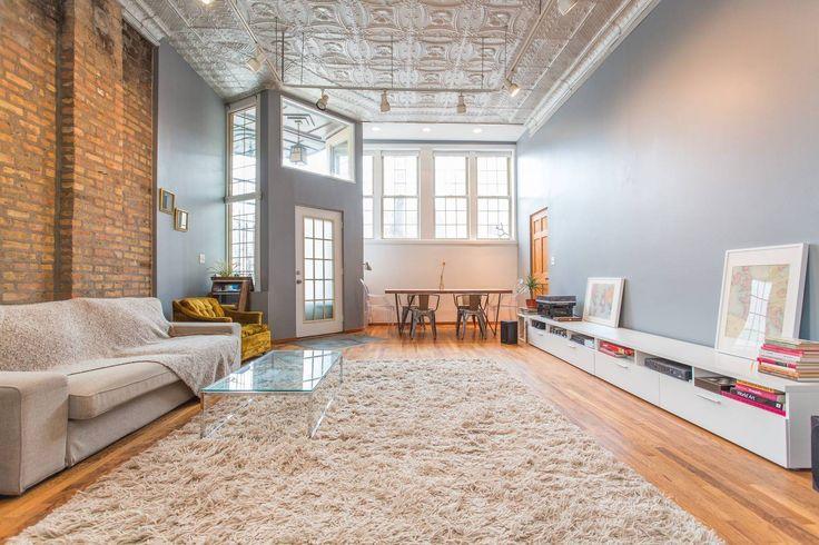 Entire Loft / Vibrant Area - Lofts for Rent in Chicago, Illinois, United States