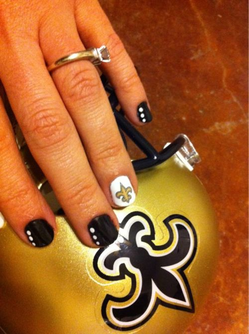 #Saints fans can get #inspired by this spirited #NailArt !