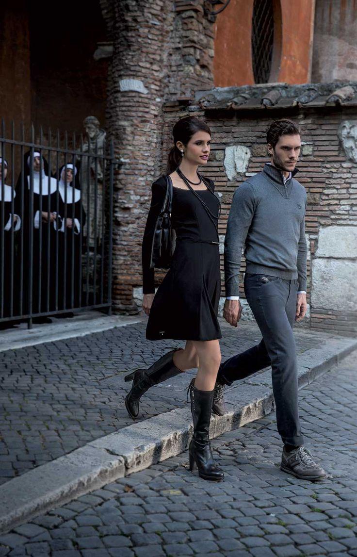 Fijn zwart kleedje _ altijd mooi met laarzen _ NeroGiardini