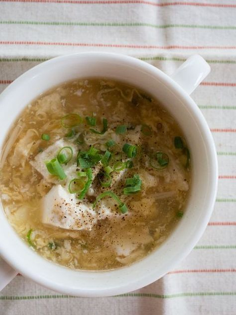 くずし豆腐と卵のとろとろ生姜スープ。