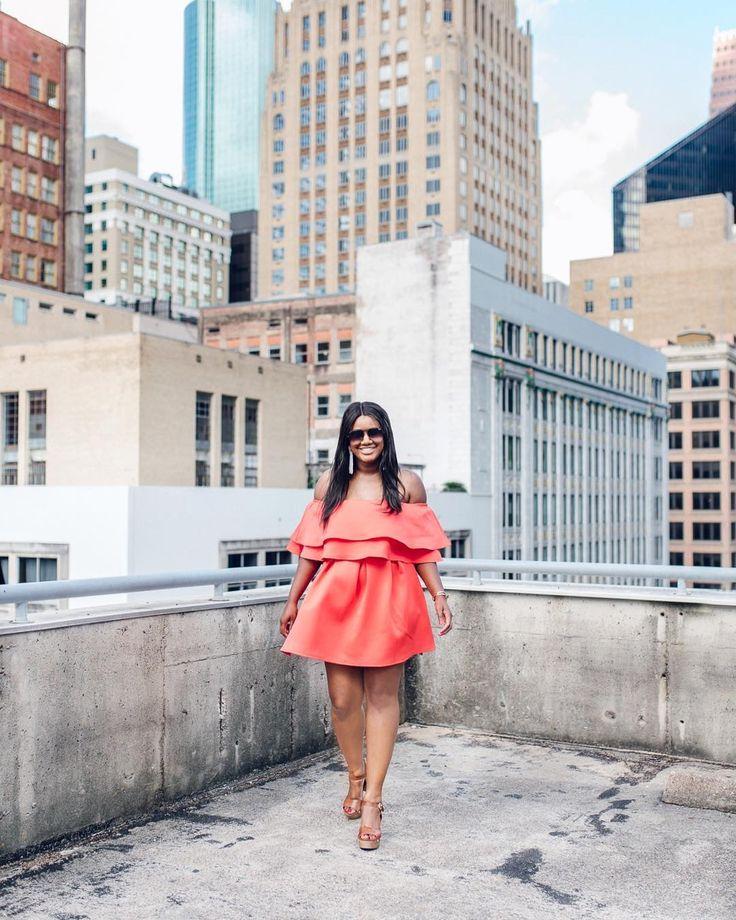 Shot from my shoot w/ @mygorgchaos  #styleinspo #fashion #happy #portrait #style #fashionphotography #newyorkcity #followme #houstonphotographer #instagood #igers #womenswear #magazine #love  #houstonblogger #newyork #model #fashiongram #igersoftheday #beauty #houstonblogger #beautiful #photooftheday #houston #houstonphotographer  #photography #womensfashion #fashionblogger #fblogger