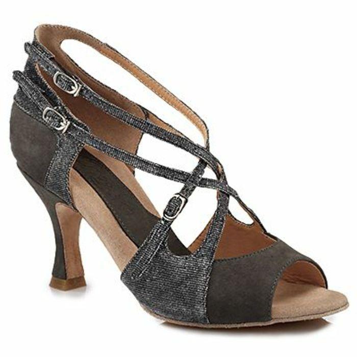 chaussures de danse bachata et salsa kizomba confortables et attractives