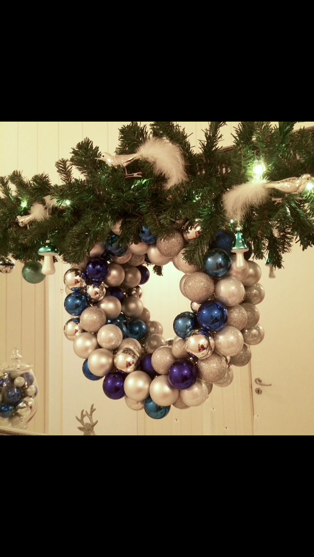 My homemade DIY Christmas Ornaments Wreath. Blue and silver. ❄️