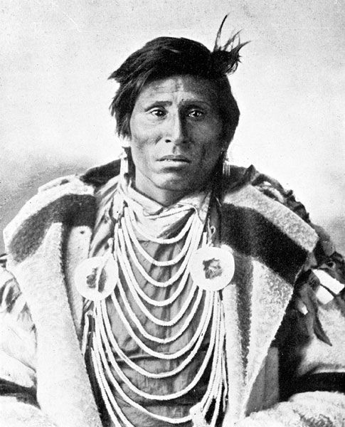 native american indians pictures | Sioux Native Americans: A Sioux Indian