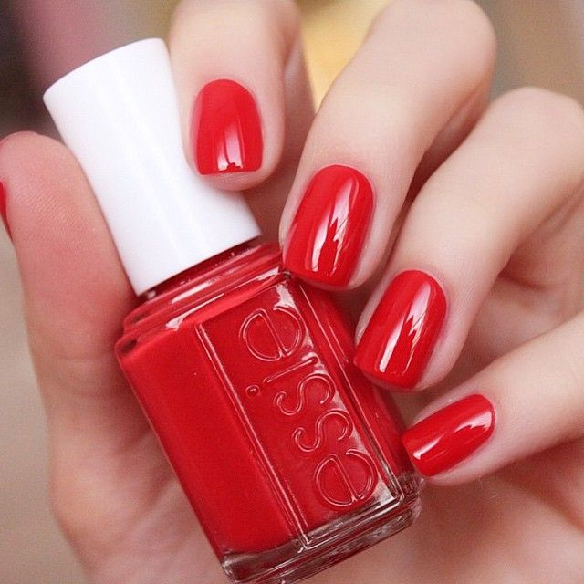 @laurenslist looks ravishing in 'happy wife happy life'... a gorgeous red from the new bridal collection #essielook