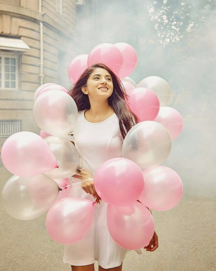 Bubble Gum Kisses Birthday Girl Pictures Balloons Photography