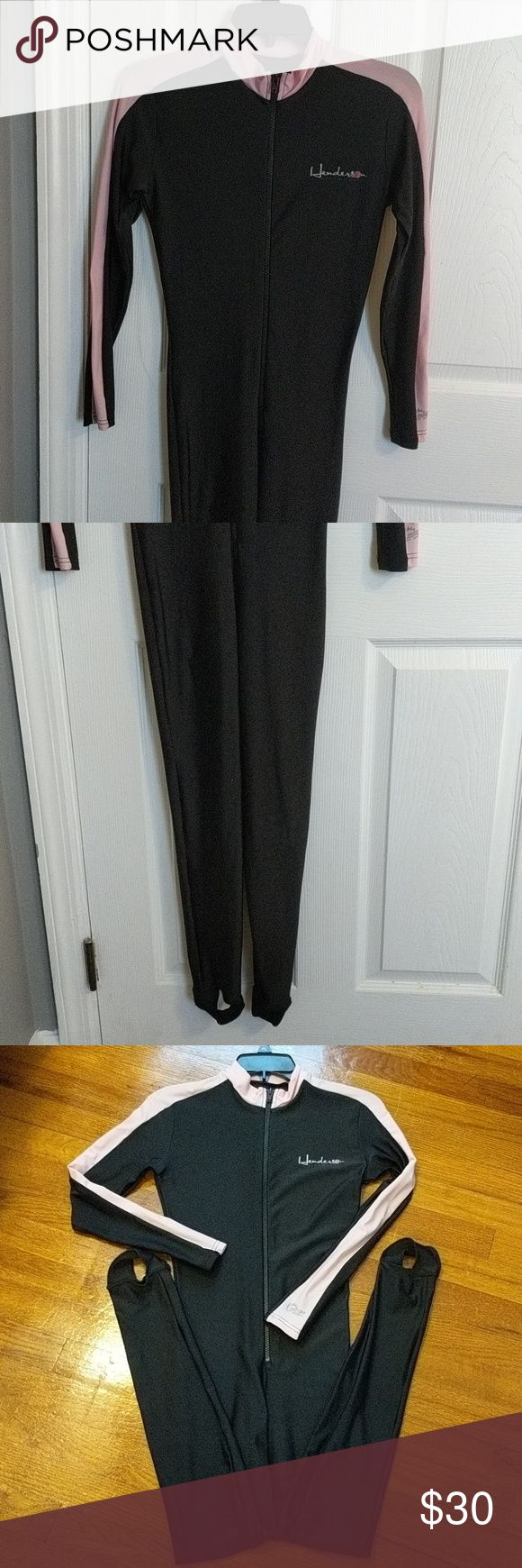 Henderson Diveskin /Rash Gaird Worn Once Henderson Diveskin Blended nylon/Lycra Material. Overlook seams. 50+ UV Protection. Quick Drying. Hot Skin Jumpsuit. Zipper YKK #5 size L. Excellent Condition. One area on back of neck wear Velcro pick a little  Only spot Henderson Swim