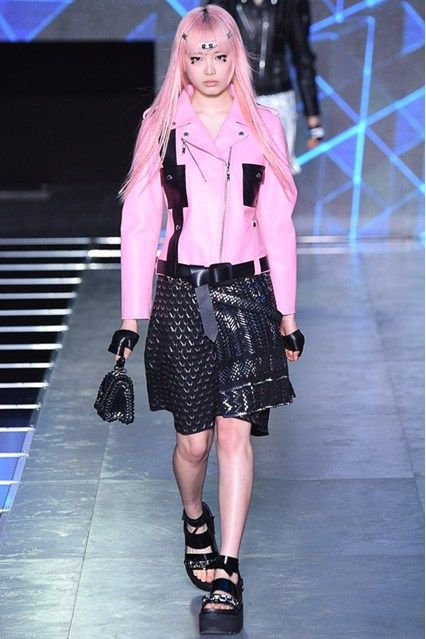 The skirts can be made of different fabric – silk, cotton, leather, linen. #fashion Spring-Summer 2016