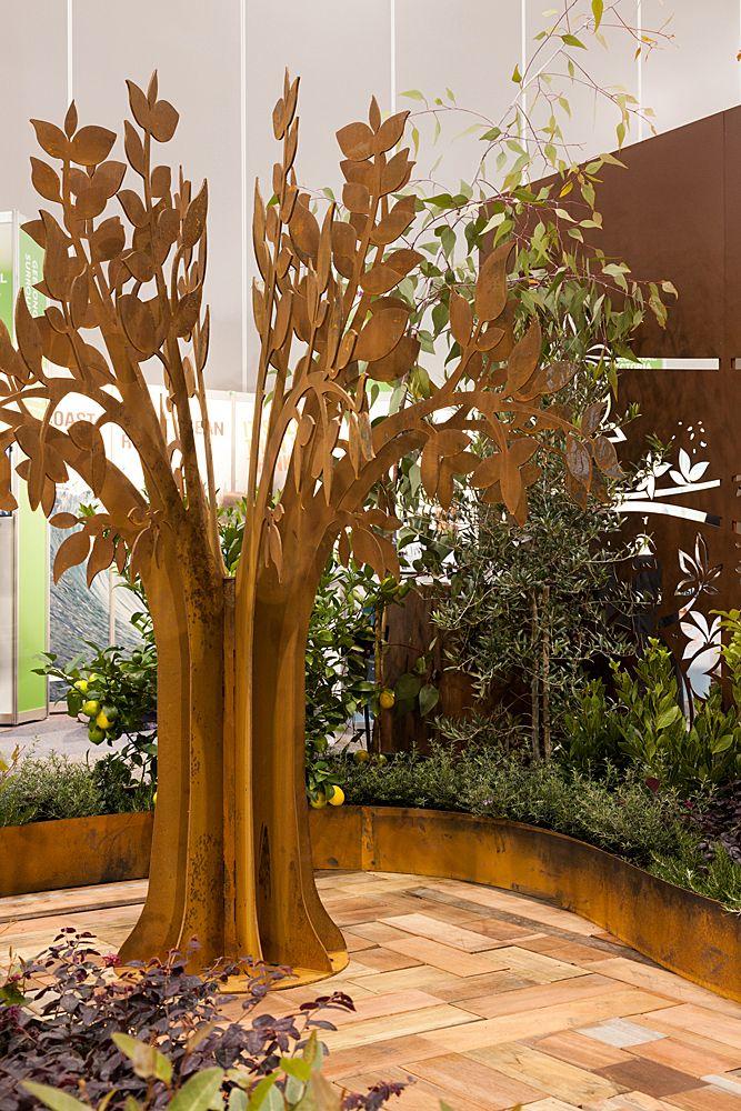 Pin On Garden Sculptures By Entanglements Metal Art