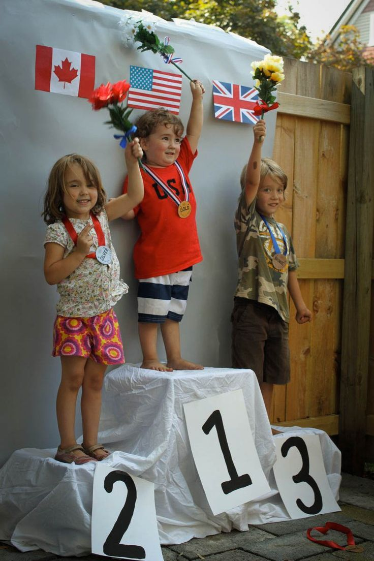 The medal stand // Olympic themed 3rd birthday party via Tar-Tryin' #party