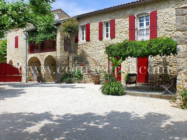 Ferienhaus Mit Gemeinschaftlichem Pool Neben Barjac Zwischen Provence Und  Ardèche