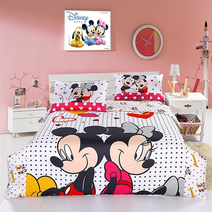 Mickey Mouse and Minnie Mouse Bedding