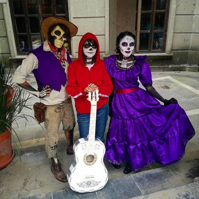 Diy Coco Imelda Costume With Images Trendy Halloween Coco Costume