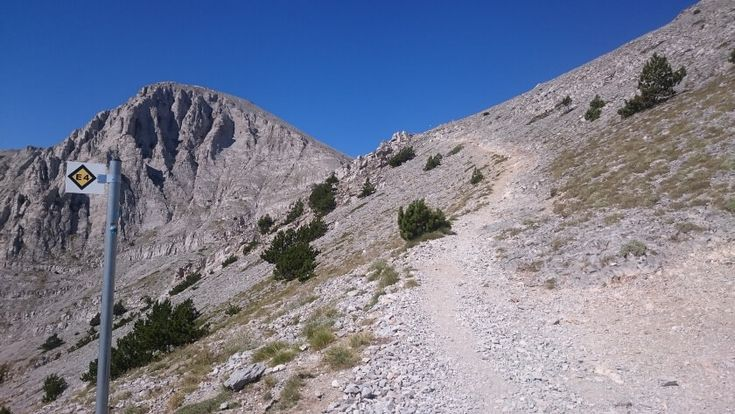 Blog about 3 Off-Beat Hiking Destinations in Greece