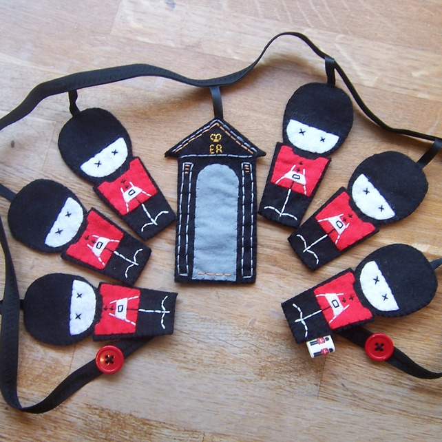 Beefeater Mini Bunting