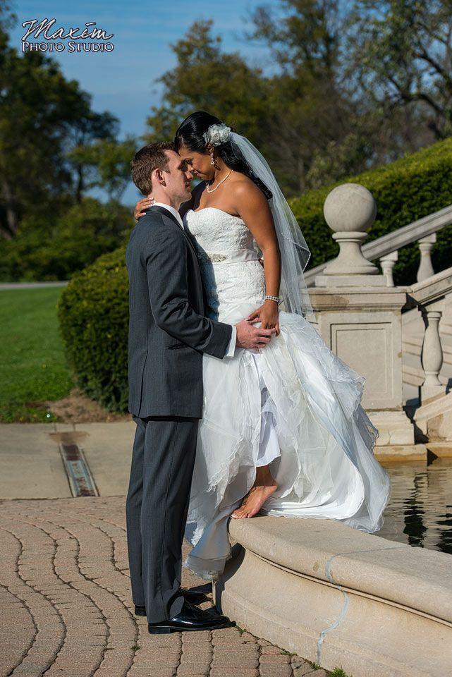 Cincinnati Wedding Photographers Maxim Photo Studio Captured Hilton Netherland PLaza Hotel Ault Park With Rachel And David