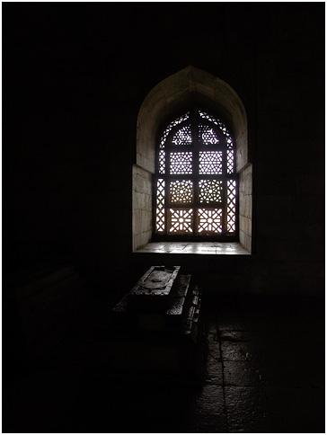 Hoshang shah's tomb, built in 1440