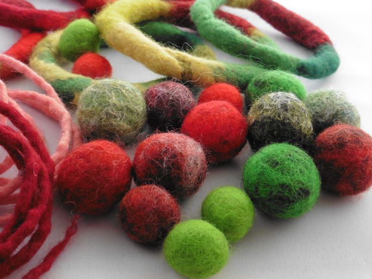 Christmas colours! You can see more by LittleDeb on Facebook, Folksy and Etsy