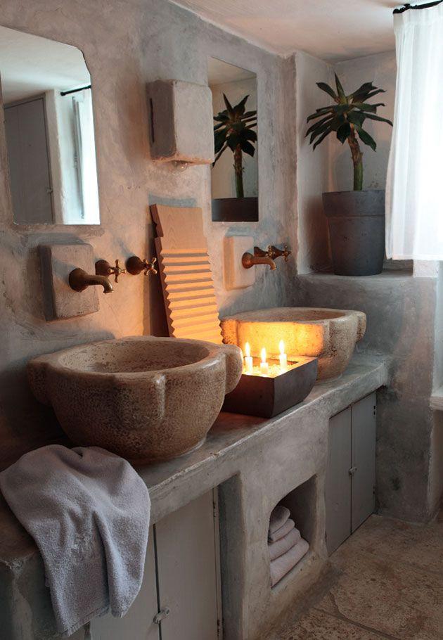 sinks, Masseria Cimino, Puglia