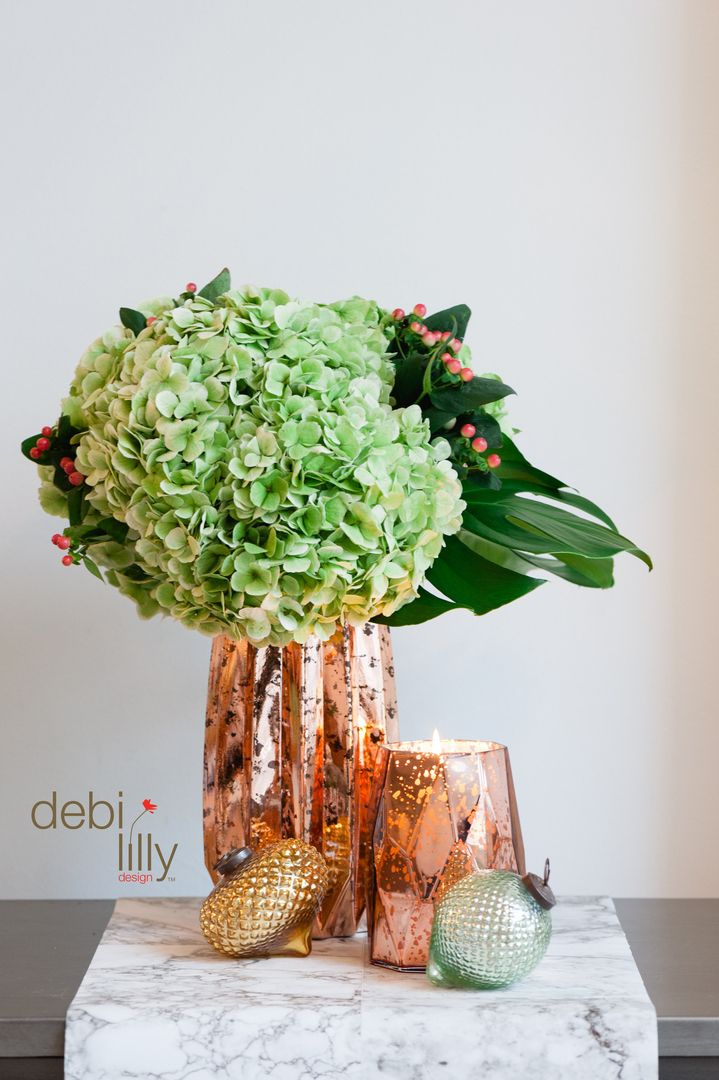 With winter just around the corner, it's time to revamp your floral with debi lilly design™! Big blooms make a statement on any side table!