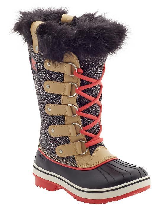 Love these herringbone Sorel boots for winter!