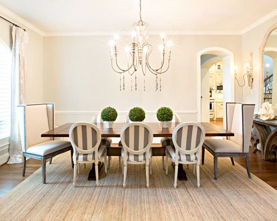 15 best images about casual centerpieces on pinterest for Casual dining room table centerpieces