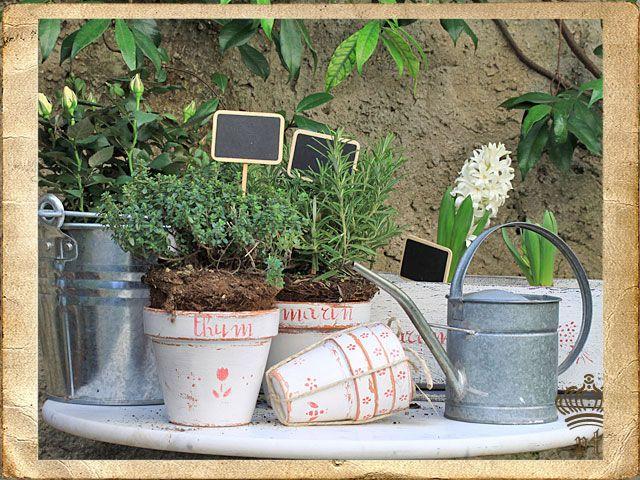 Oltre 1000 idee su giardini di erbe su pinterest - Giardini decorati ...