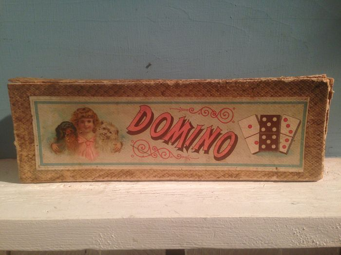 Lief oud dominospel. 1e helft 20e eeuw