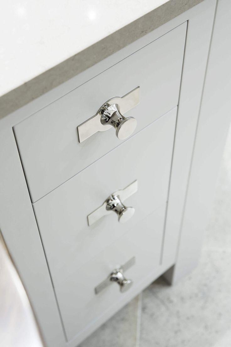 15 best Luxury Kitchens - Kitchen Cabinet Hardware images on ...