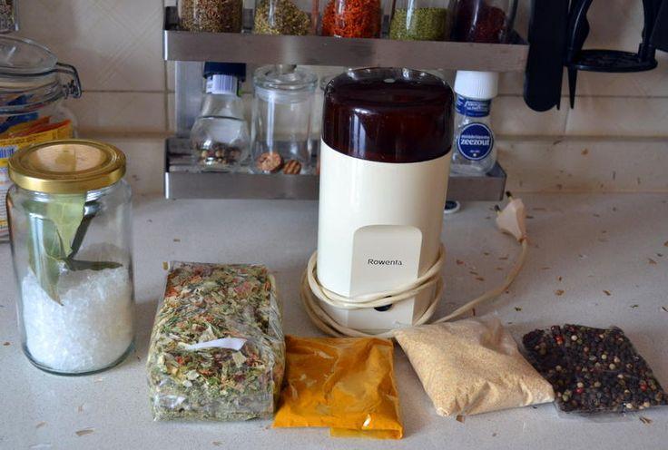 Baharatlı sebzeli tuz karışımı yapımı