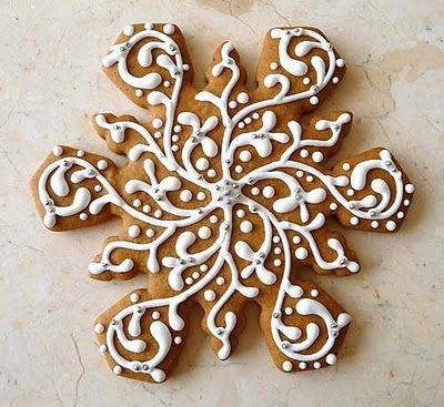 ~Pretty Snowflake Gingerbread Cookies