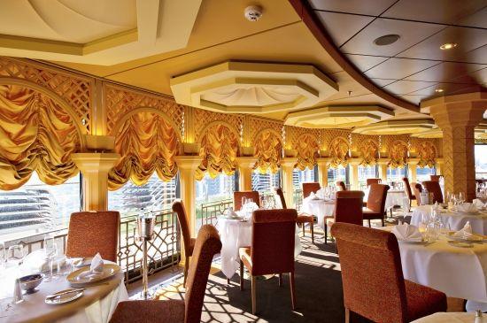 #Diva dining on #MSCDivina, #MSCYachtClub