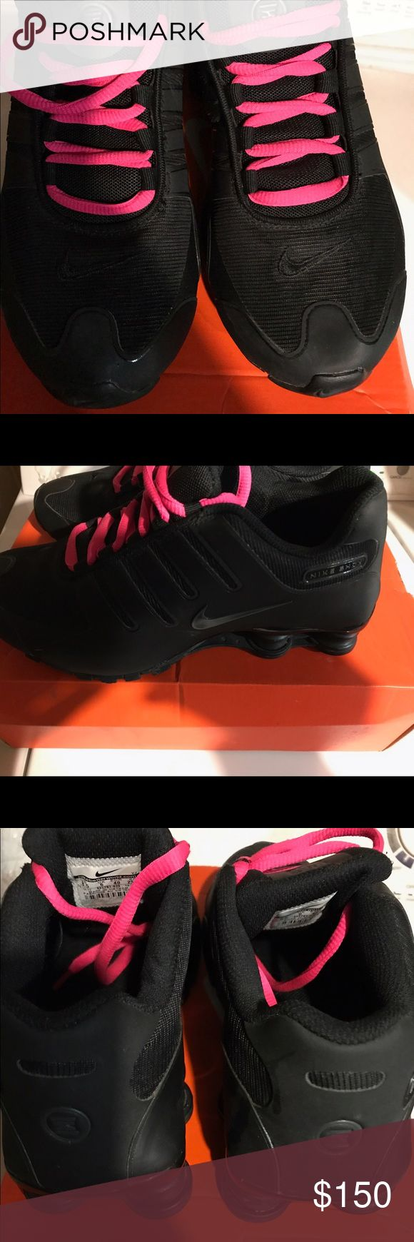 Nike shocks women's like new Glowing in the dark,  very rare, hot pink laces and black woren 3 times in excellent condition comes with box 📦 Nike Shoes Athletic Shoes