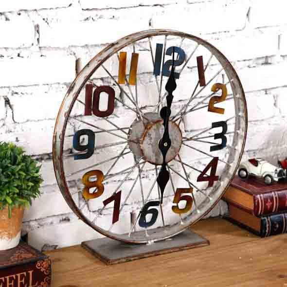 Veja como fazer artesanato com rodas usadas, dentre elas rodas de carro, bicicleta ou até mesmo rodas de carroça, e confiram alguns modelos.
