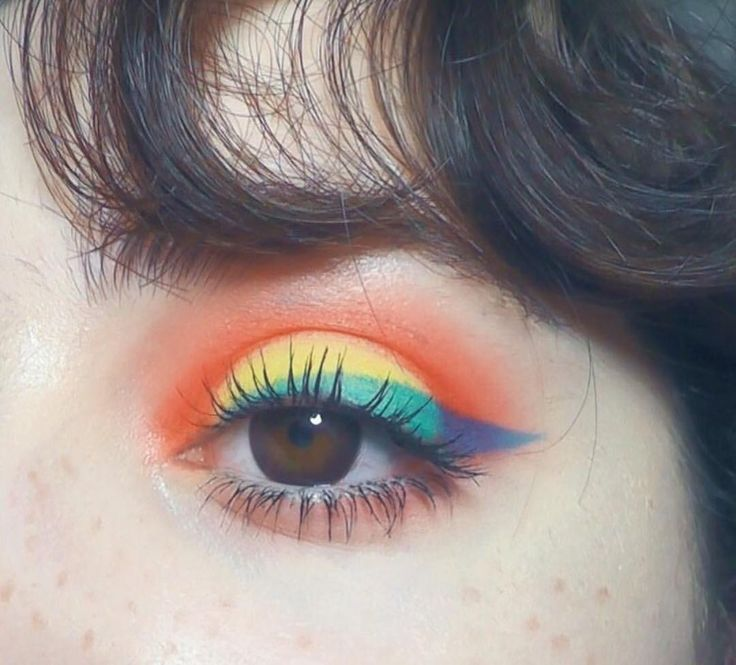 Burning Man Eye Make-up Festival Style Schönheit und Rainbow Love is Love