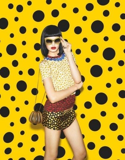 yayoi-kusama-for-louis-vuitton-a-capsule-collection-with-polka-dots-1: Louisvuitton, Cards Design, Polka Dots, Louis Vuitton, Polkadot, Artists Yayoi, Yayoi Kusama, Fashion Accessories, Fashion Photography