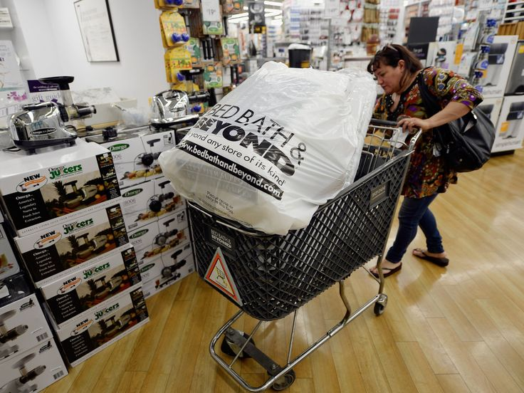 CREDIT SUISSE: Its 'difficult to see light at the end of the tunnel' for Bed Bath & Beyond (BBBY)