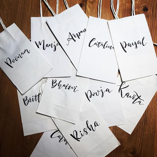 Ready to ship! Each bag has a mission of delivering a happiness. Best wishes to @nikiraja #weddinggifts #weddingpreparations #happinessishere #bacheloretteparty #weddinglettering #brushlettering #lettering #handwriting #handcraft #letteringbags