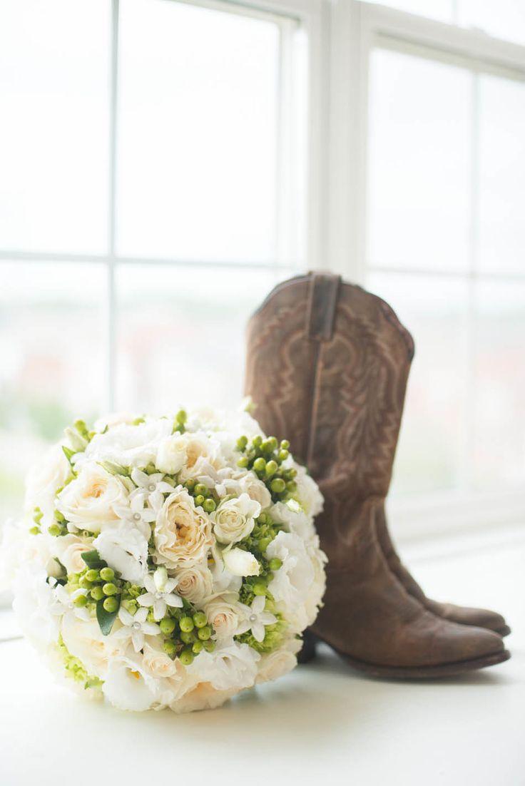33 best HORSE images on Pinterest | Bridal photography, Wedding ...
