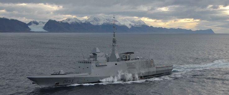 Partie le 12 août en Atlantique nord et en Arctique pour son déploiement de longue durée, la frégate multi-missions Languedoc est rentrée à Toulon, son port base, le 24 novembre. Des États-Unis à la Norvège en passant par le Canada, l'Islande et l'Écosse, l'équipage a même navigué au-delà du cercle polaire, atteignant le 80° Nord.