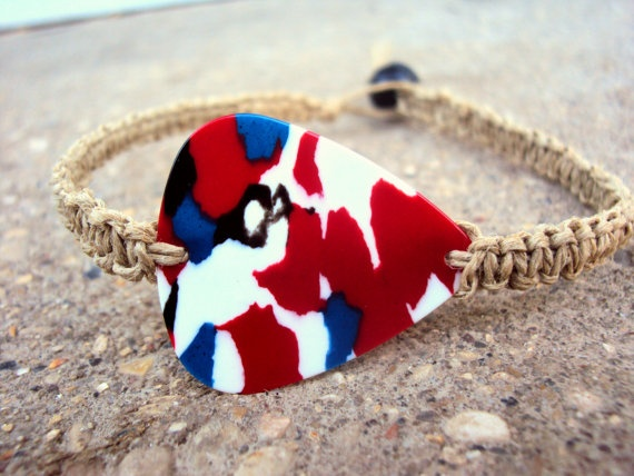 Guitar Pick Bracelet Hemp Macrame Square Knot For by JackZenHemp, $12.00