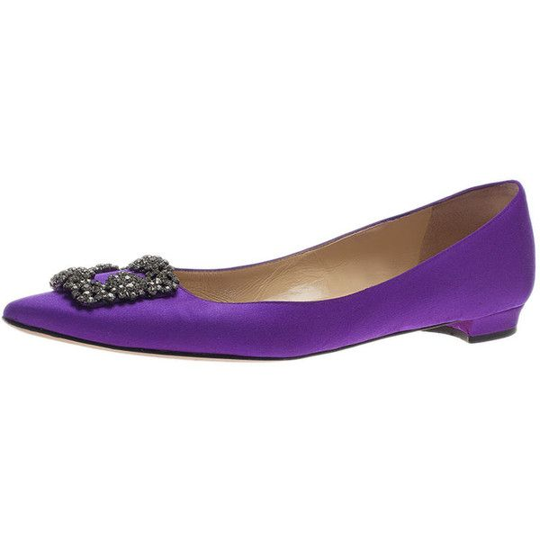 Manolo Blahnik Purple Satin Hangisi Ballet Flats Size 40 ❤ liked on Polyvore featuring shoes, flats, purple shoes, purple satin flats, satin ballet flats, purple satin shoes and ballet flats