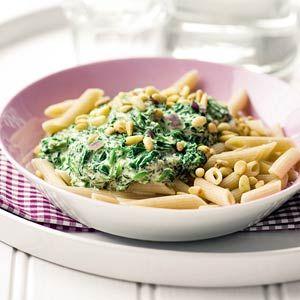 Recept - Volkorenpasta met spinazie-roomsaus - Allerhande