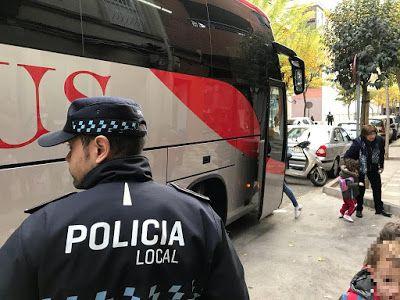 LA POLICÍA LOCAL DE ALBACETE CON LA CAMPAÑA DEL TRANSPORTE ESCOLAR DE LA DGT  Albacete Campaña Transporte Escolar Policía Local
