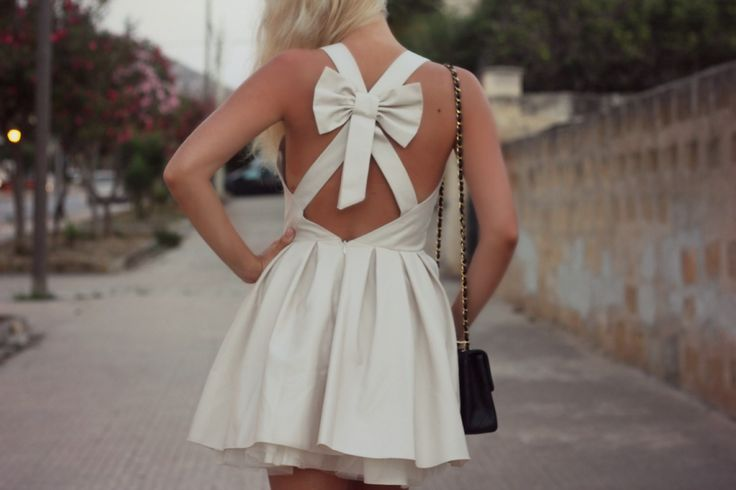 #bow #dress #bowdress #jonesandjones #summer #italy #sicily