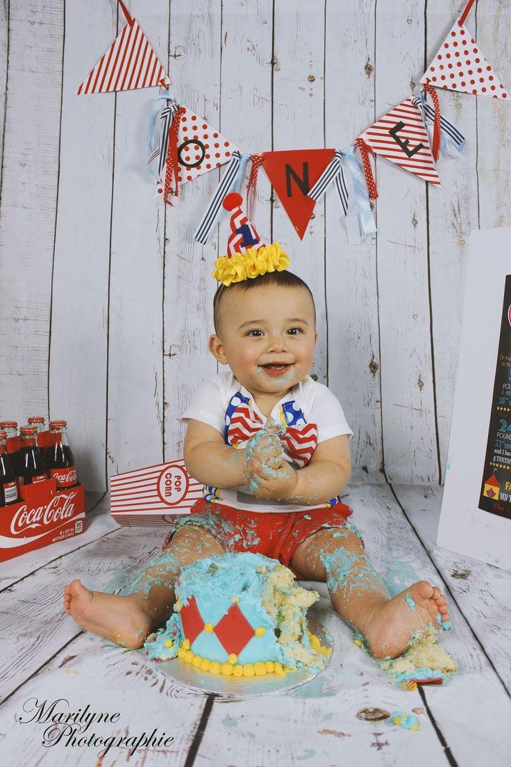One year* Birthday* Circus* Smash the cake!
