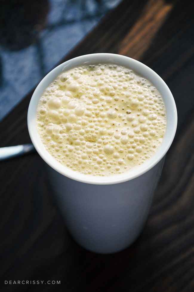 This easy pumpkin latte recipe will give you your pumpkin spice fix in the convenience of your own home. Perfect for anyone obsessed with pumpkin. Yum!