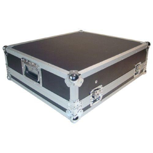 FLIGHTCASE MESAS DE SONIDO TIPO YAMAHA SERIE MG  Compatible mesas de formato rack, como por ejemplo: Yamaha MG-166CX.....  Fabricado en Plywood de 5mm  Perfil de aluminio, 4 cierres de mariposa, 2 Asas plegables, 4 tacos goma en la parte inferior, espuma interior de 10mm  Dimensiones Internas: 488 x 506 x 114 (mas espacio para alimentador)  Dimensiones externas: 618 x 536 x 184